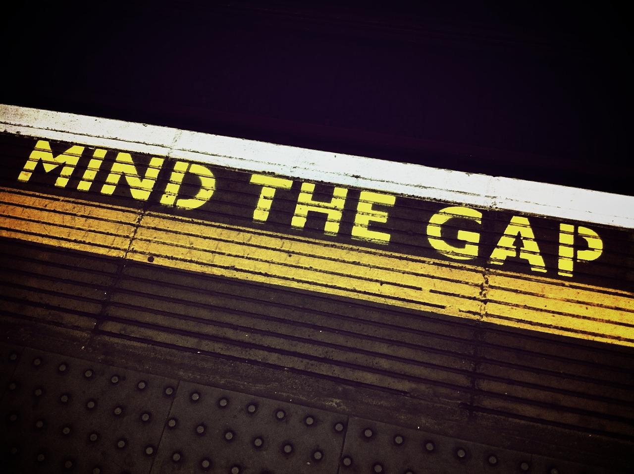 platform mind the gap